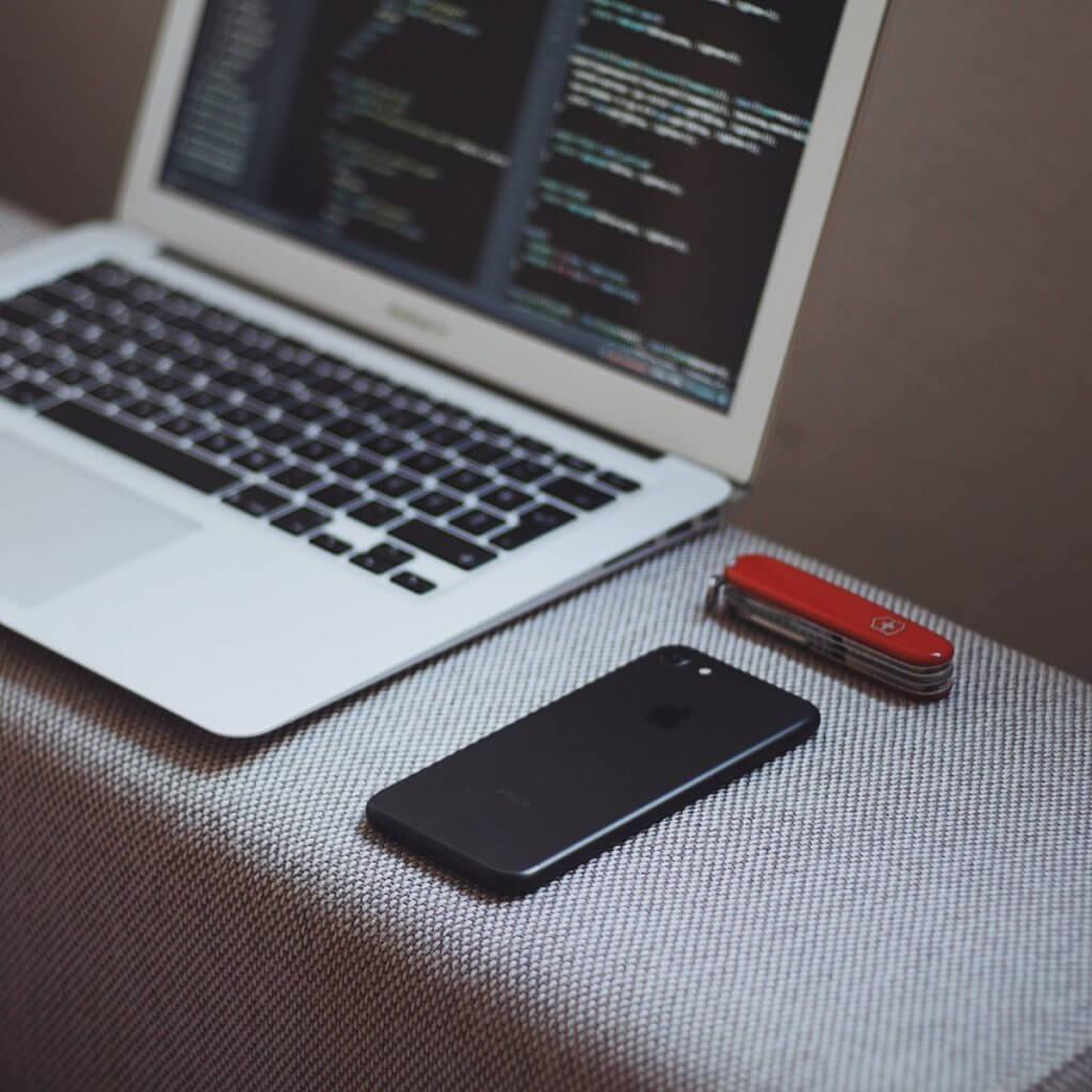 macOS Programming Tutorial: Using Menus and the Toolbar